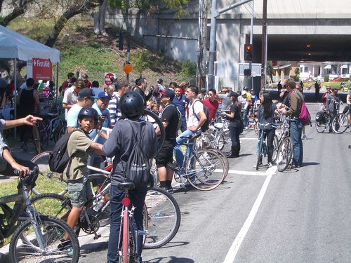 Aid station at Hollenbeck Park during CicLAvia | by ubrayj02