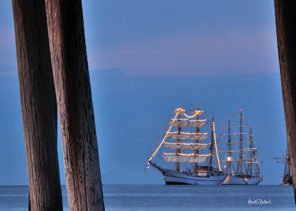 Tall ships come to visit near the lynnhaven fishing for Lynnhaven fishing pier report