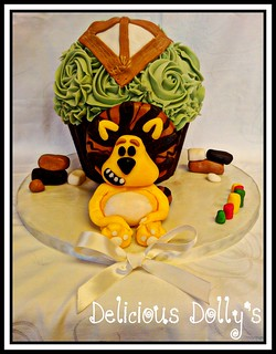 Raa Raa the noisy little lion giant cupcake | by Delicious Dolly's