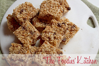 Chocolate & Granola Squares | by The Foodies' Kitchen