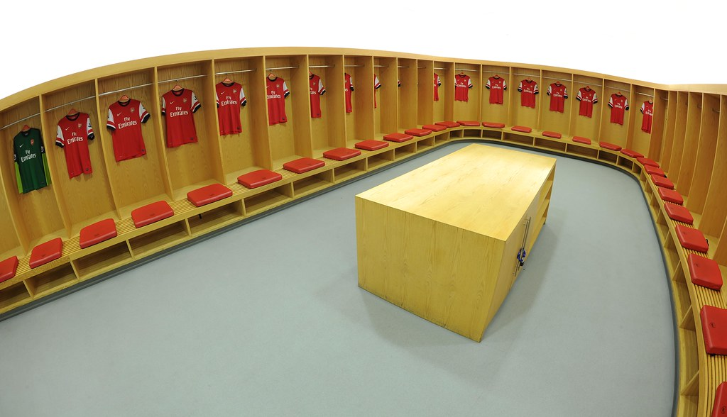 Arsenal changing room at Emirates | The Home changing room ...