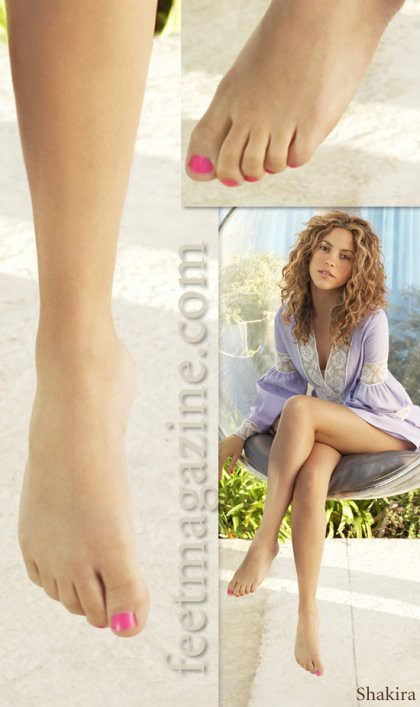 "beautiful feet photo of shakira в""– 20042"