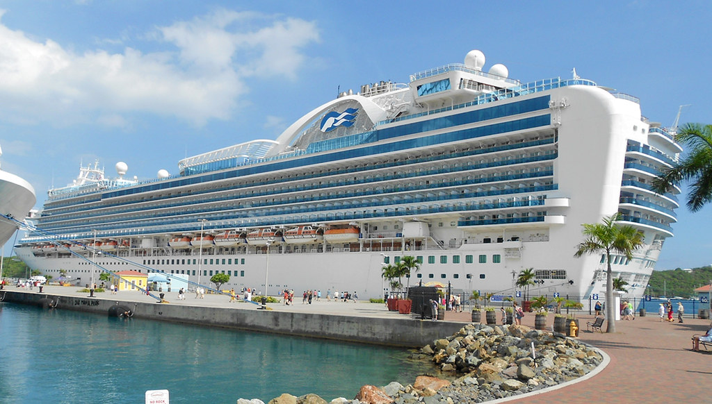 st thomas   emerald princess the cruise ship emerald