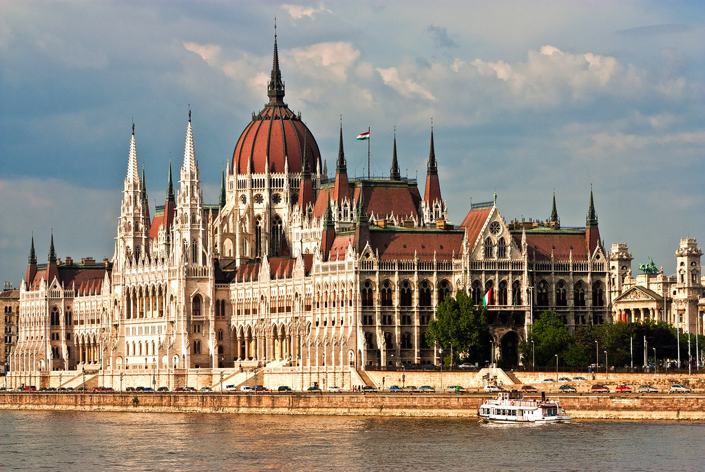 All sizes parlamento di budapest flickr photo sharing for Streaming parlamento
