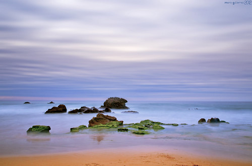 Sand, rocks, ocean, sky. | by © Mario Gutiérrez Photographer