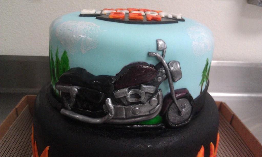 Cake Art Motorcycle Cake Pan : Motorcycle cake top half I was asked to make a ...