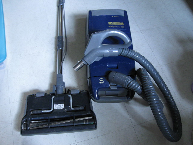 Kenmore Auto Cord Rewinder Canister Vacuum Very Good Con