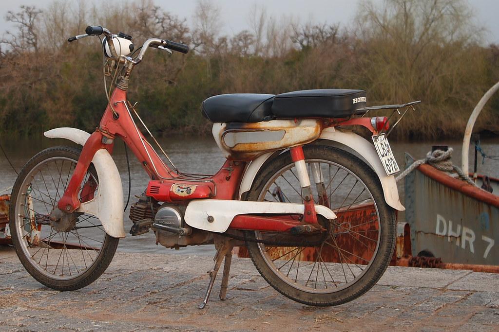 Honda Pc50 Carmelo Uruguay Translucent Photo Flickr