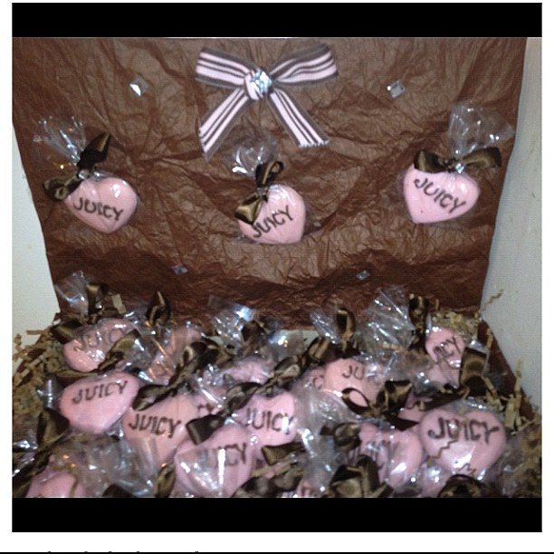 Juicy Couture Inspired Baby Shower Favors! Edible chocolat ...