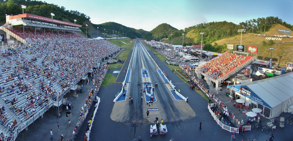 Father S Day NHRA Ford Thunder Vall...