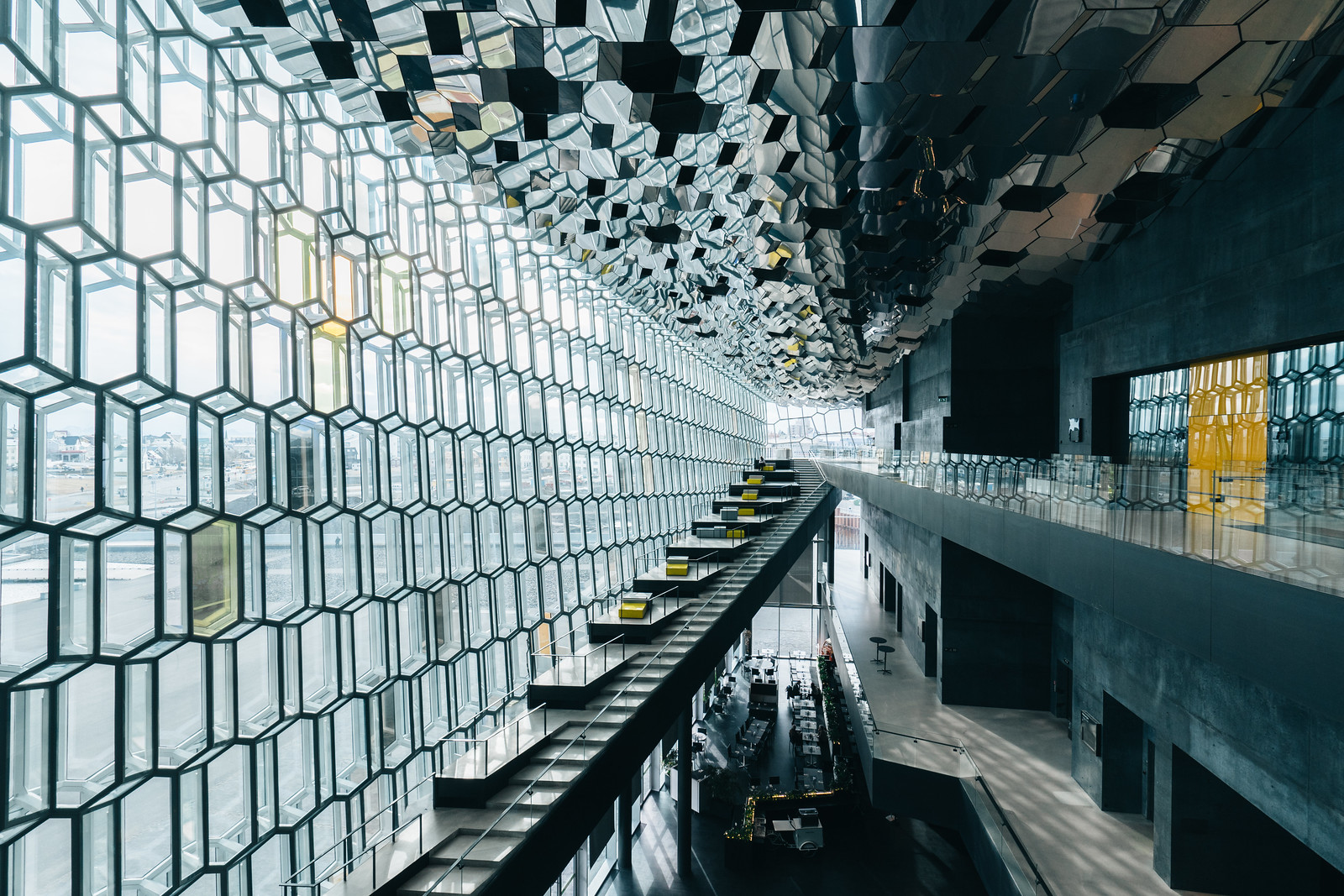Inside Harpa, a concert hall and conference centre in Reykjavík [1600×1066] Photo by Wilson Lee