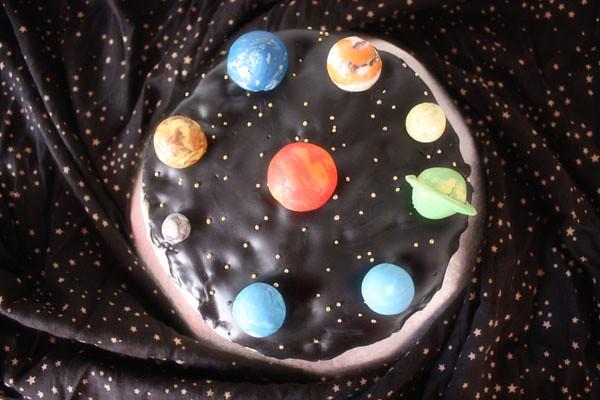 3d solar system birthday cake - photo #25