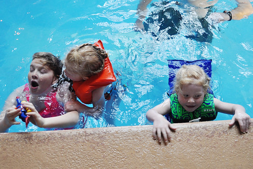 Girls in pool at Ruby's Inn copy | by Home Hinges