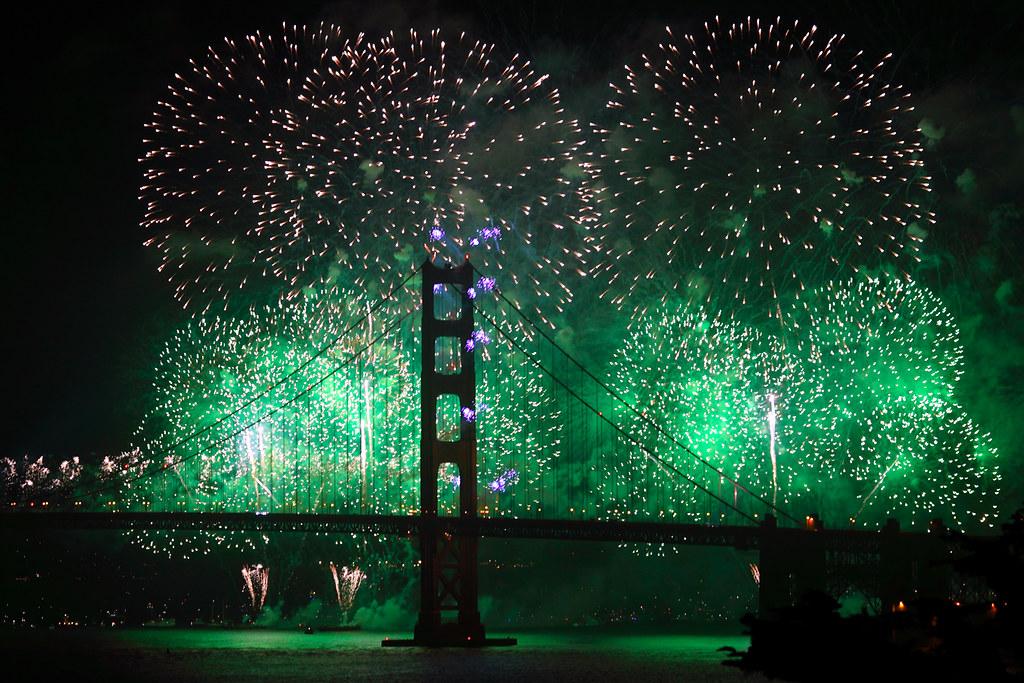 Golden Gate Bridge 75th Anniversary Fireworks | arka02 | Flickr