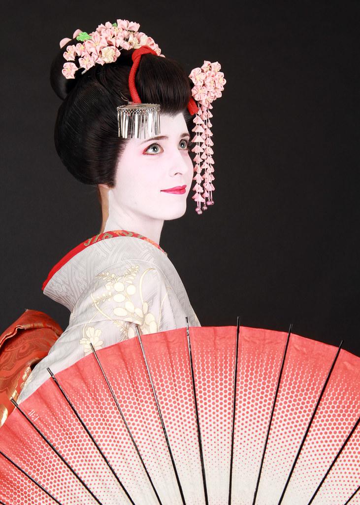 Convertirse en Maiko por un día en un estudio fotográfico de Kyoto