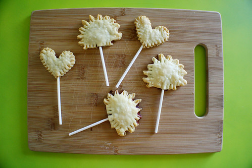 happy pie pops | by jessica wilson {jek in the box}