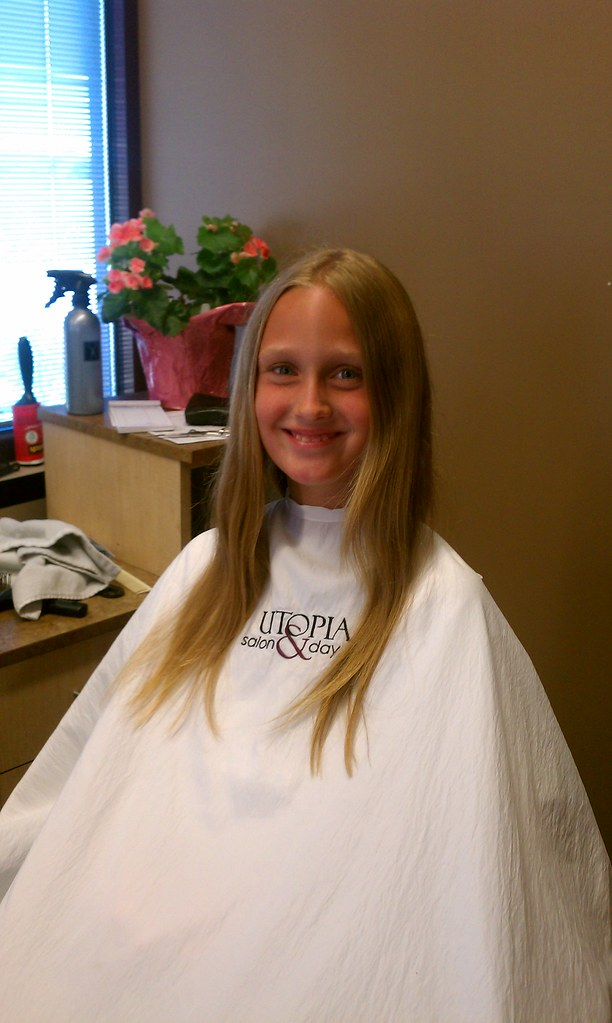 free haircut if you donate hair locks of lizzie ehlers before a haircut for 3168 | 7304369416 63422c54eb b