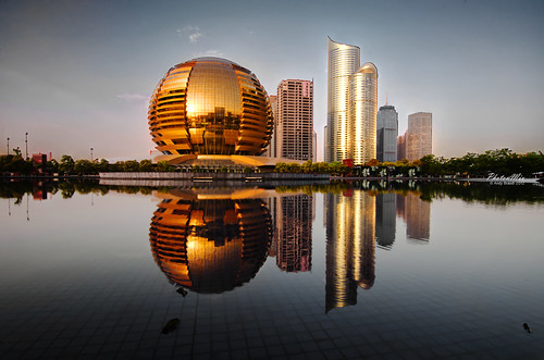 Golden Architecture - Hangzhou | by Andy Brandl (PhotonMix.com)