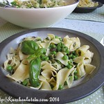 Peas with Pasta, Basil and Pumpkin Seeds