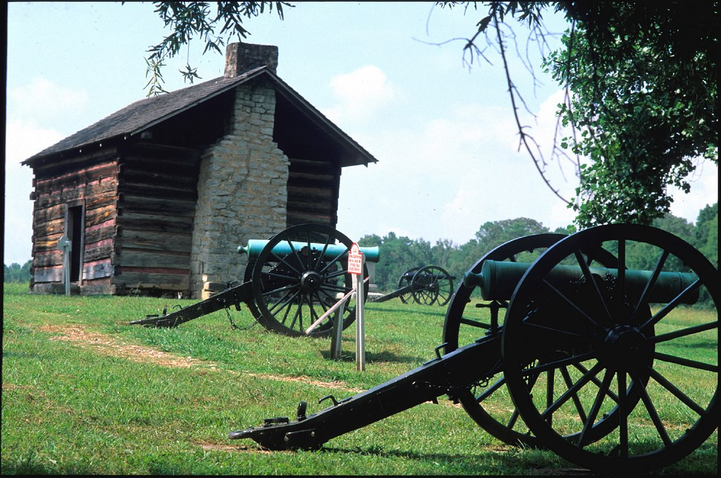 The Brotherton Cabin at Chickamauga Battlefield in Georgia ...