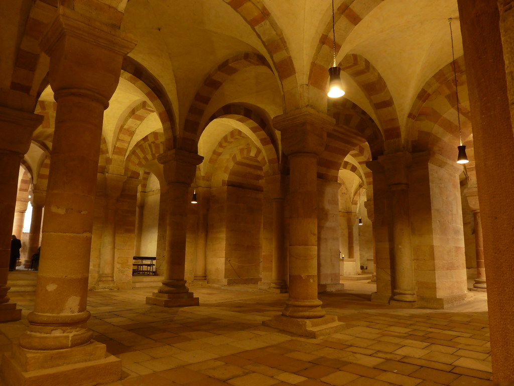 speyer cathedral crypt largest romanesque crypt in. Black Bedroom Furniture Sets. Home Design Ideas