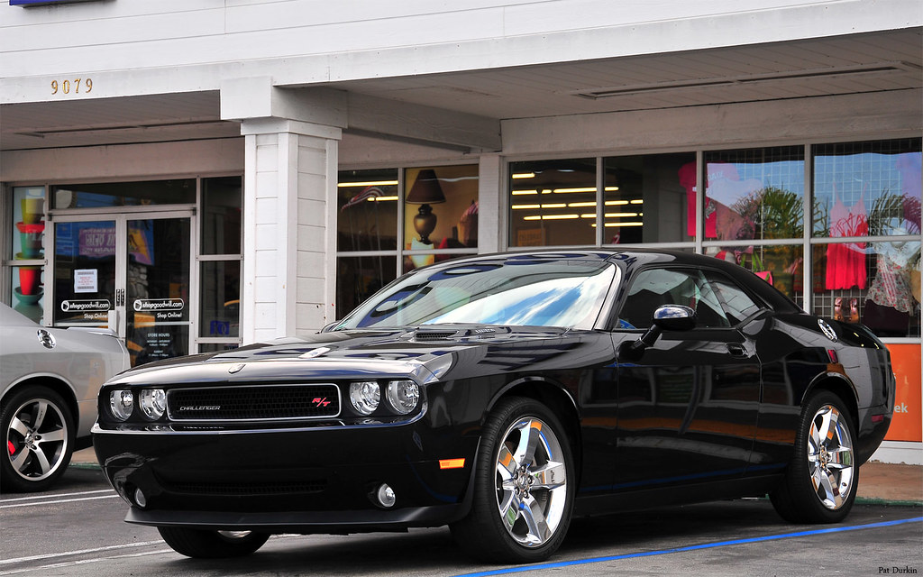 2012 dodge hemi challenger r t black fvl please view. Black Bedroom Furniture Sets. Home Design Ideas