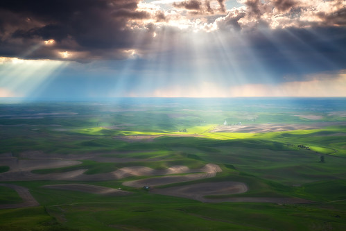 Beams of Light | by D Breezy - davidthompsonphotography.com