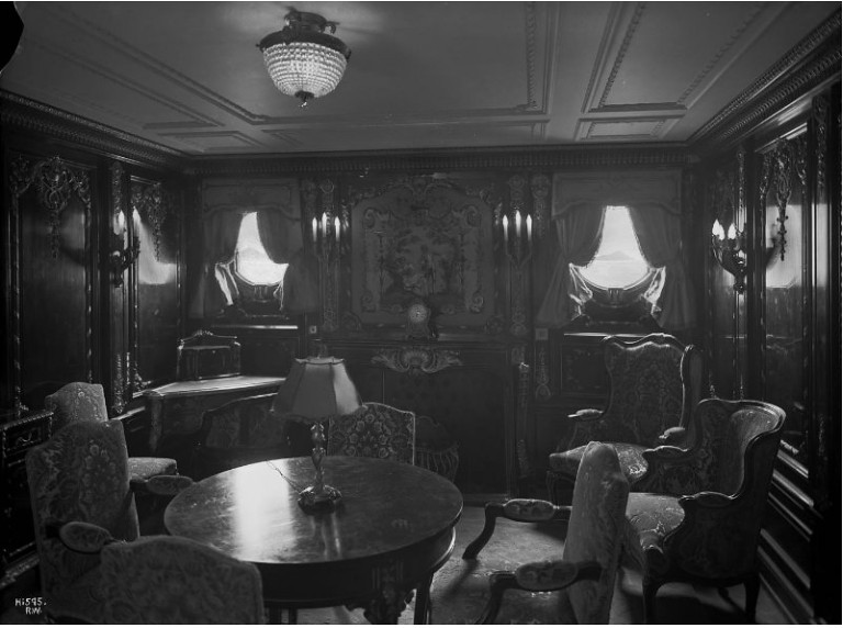 Regence Style Parlour Suite Of Rms Quot Olympic Quot At C Deck Th