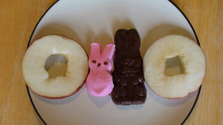 Easter treat -- peeps s'mores | by healthiermi