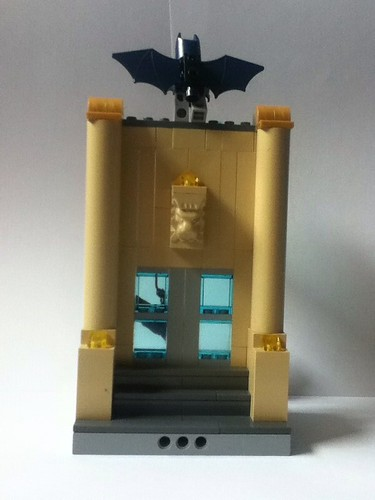 MOC: Catwoman's Museum Heist | by Gregorovich9