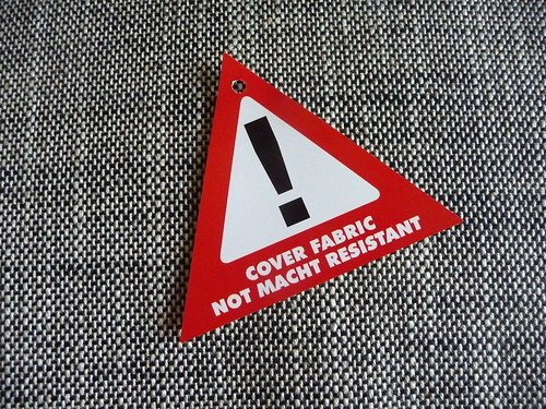 Cover Fabric Not Macht Resistant | by ninebelow