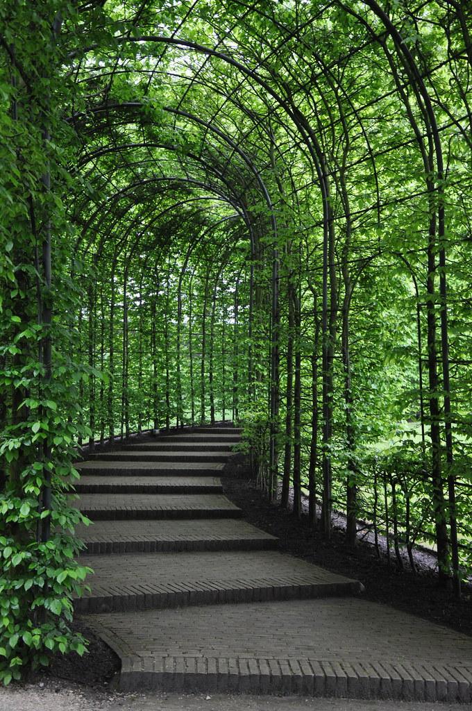 Alnwick Castle Gardens - Alnwick Northumberland | Alnwick ...
