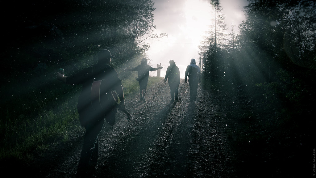 Hd wallpaper evil - Out Of Darkness Into Light In Order For The Light To