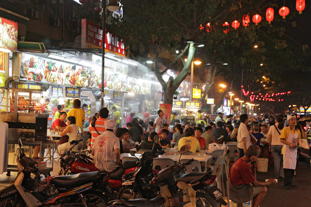 descriptive essay night market