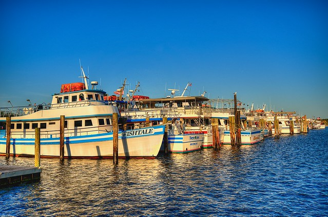 Captree fishing fleet hdr flickr photo sharing for Captree state park fishing