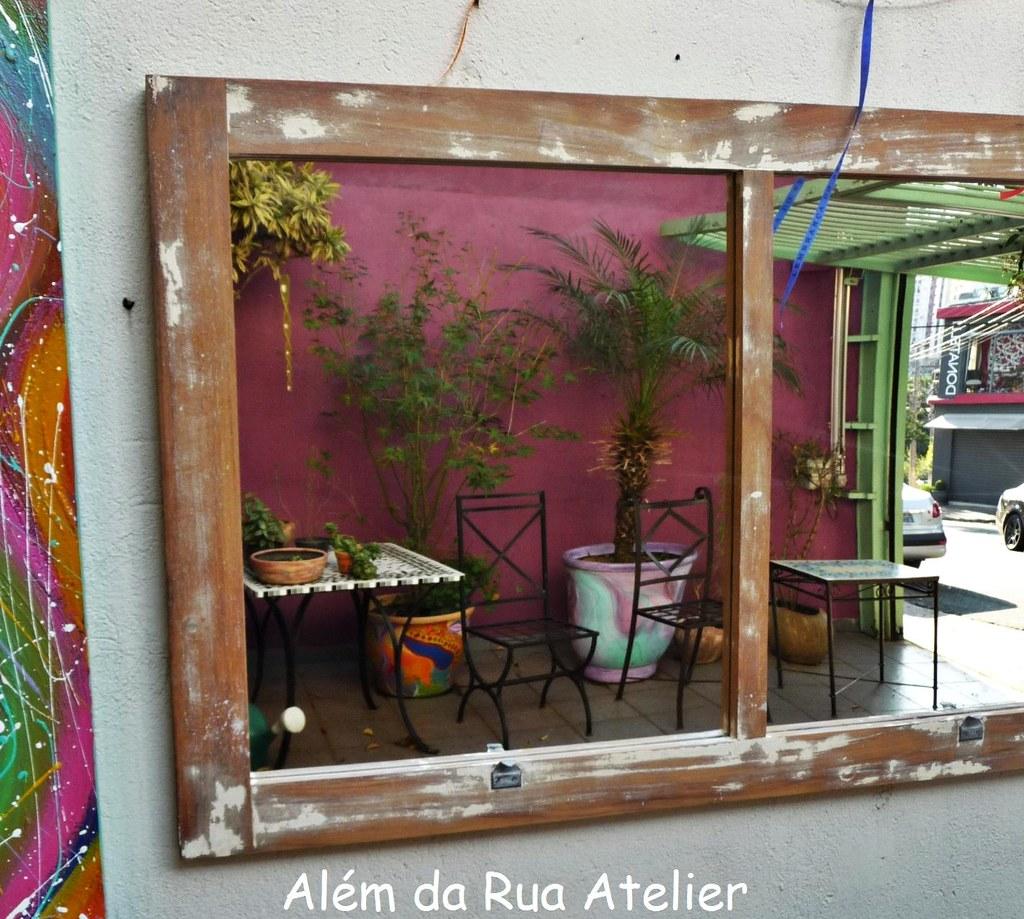 #6C3933 Como fazer espelho de janela de demolição Adoro reutilizar  32 Janelas De Vidro Como Montar