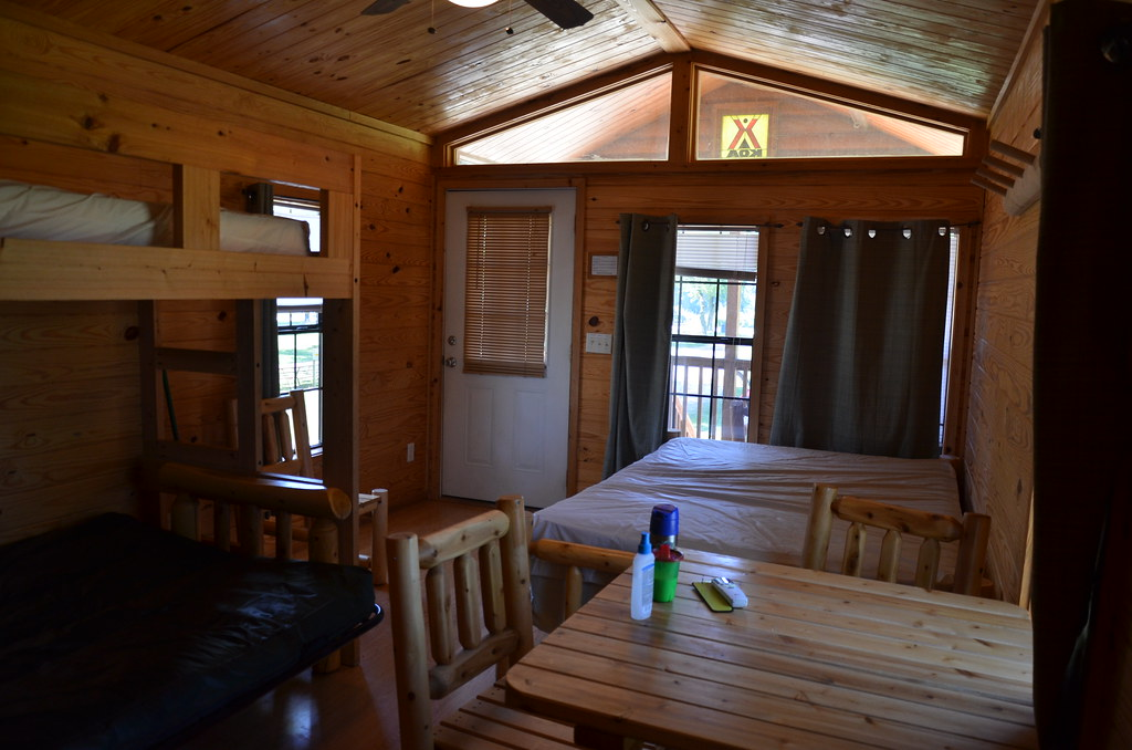 Starved Rock KOA Camping Cabin | Starved Rock area camp ...