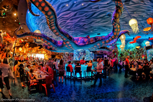 T rex restaurant fish eye fish eye picture of the bar for Dining at at t park