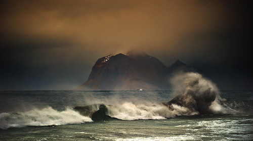 Stormy Weather | by steinliland