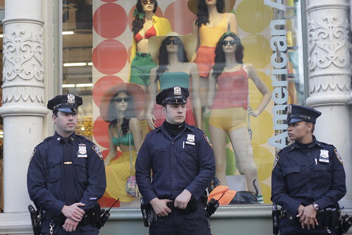 NYPD heroically guarding American Apparel store at Occupy Wall Street | by WarmSleepy