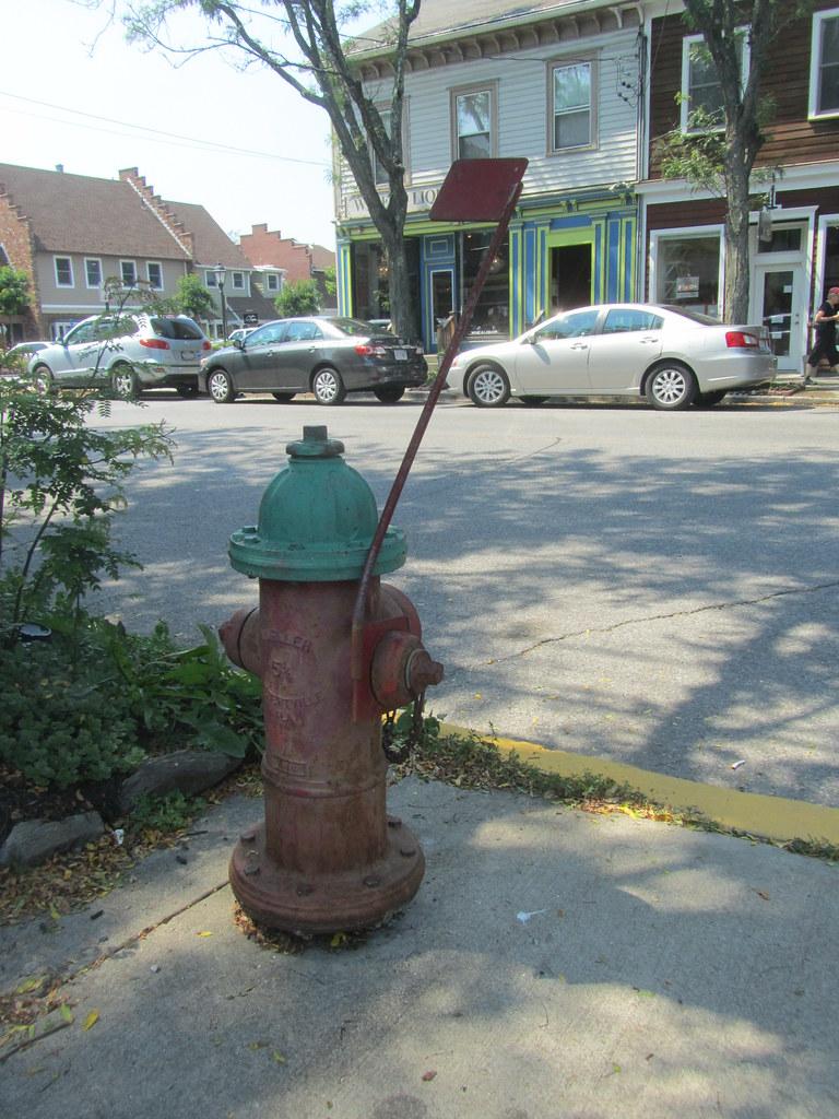 Fire Hydrant with Snow Locator Flag | Rhinebeck, Dutchess ...