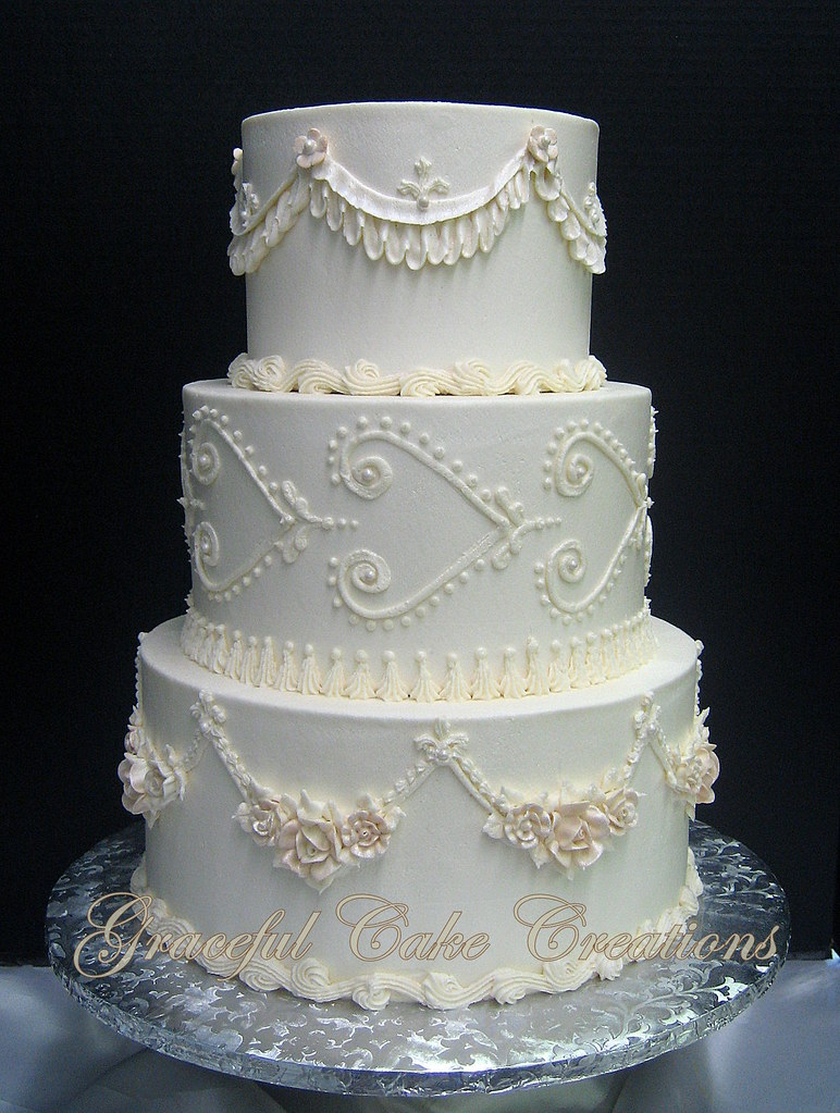 Elegant Wedding Cake With Cake Topper