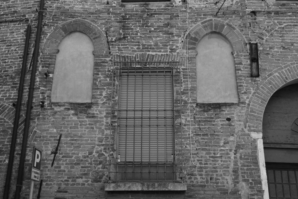 Tema 10 la casa dalle finestre che ridono img 4988 flickr - Casa finestre che ridono ...