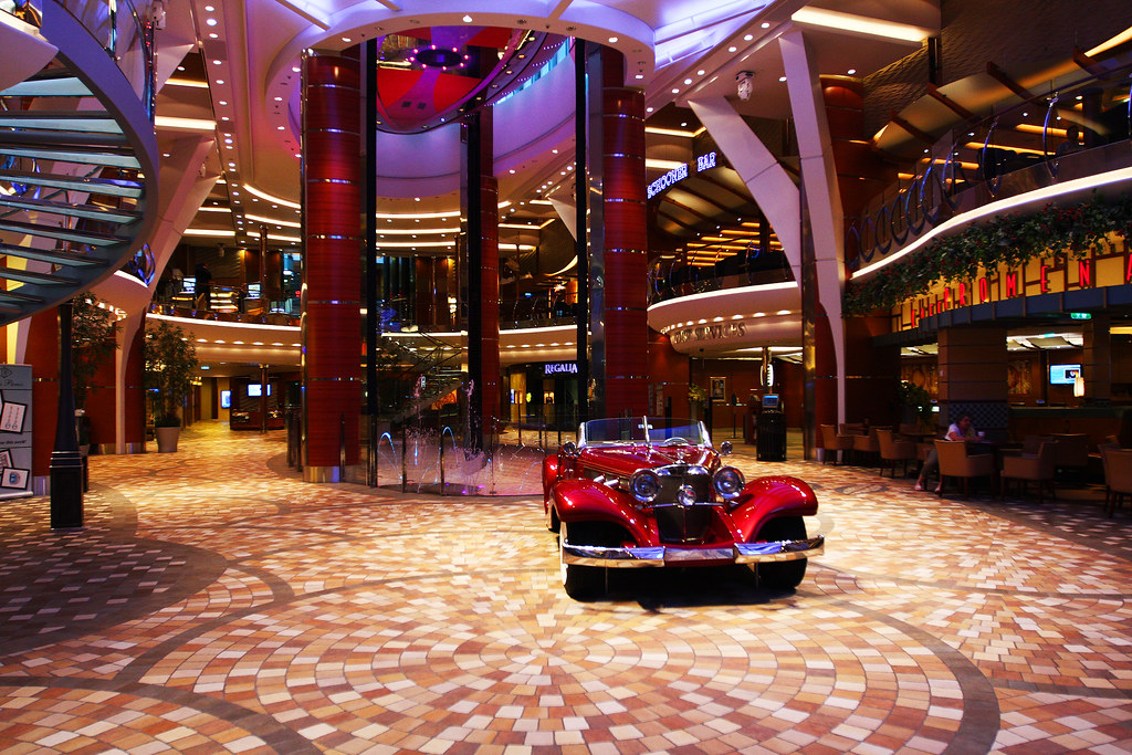 Promenade on the allure od the seas promenade cafe is on t flickr - The allure of the modular home ...