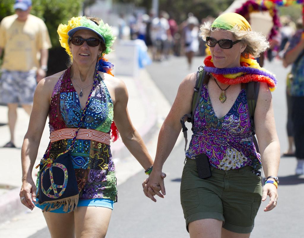 lesbian board discussion diego san