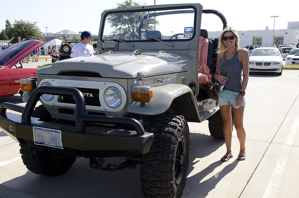 Darby And Her 1977 Fj40 A Girl And Her Land Cruiser