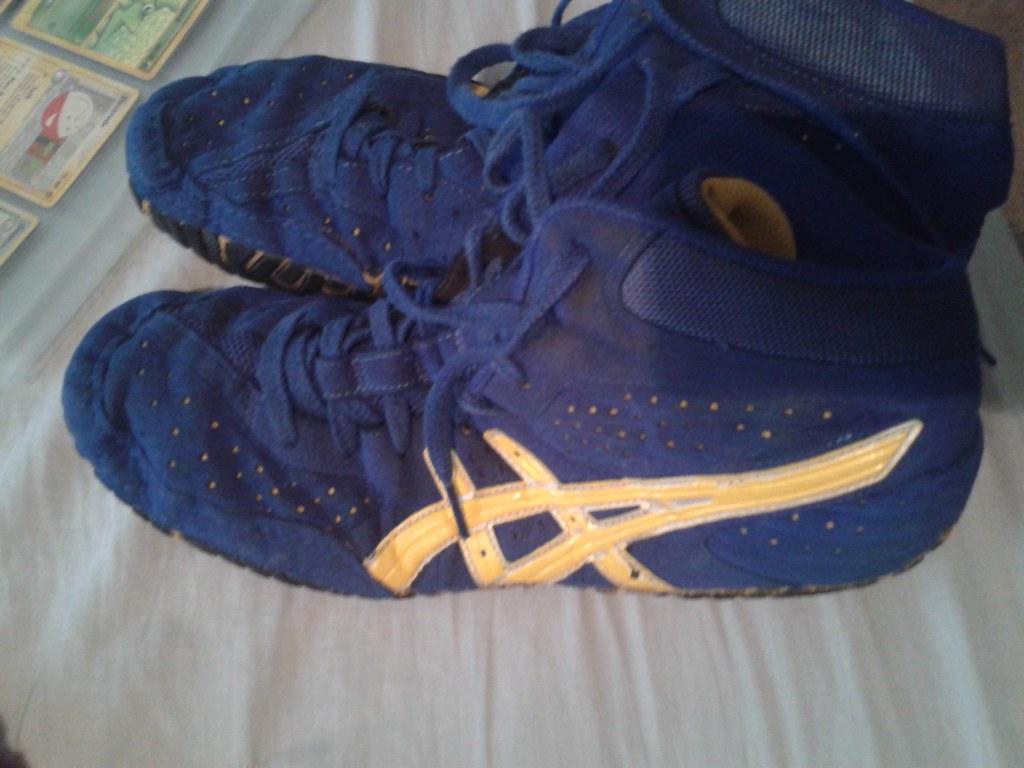 asics wrestling shoes aggressor 2