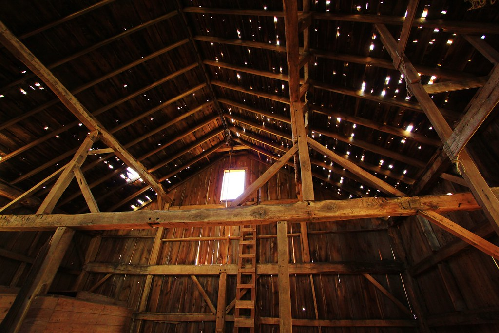 Old Barn Interior Interior Of Old Dilapitated Barn