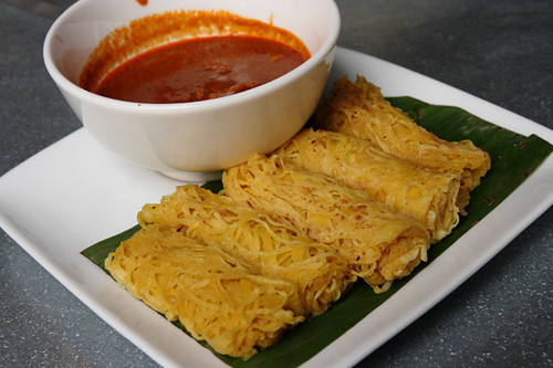 Roti Jala with Curry Chicken | by Apple Foodees : Malaysian Food Blog