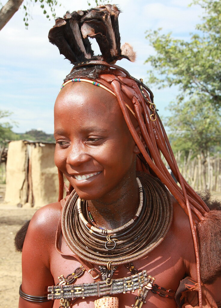 nude himba women photography